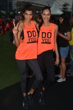 Anushka Manchanda at guiness record for PUMA on 6th Nov 2016 (81)_5820917322c0a.JPG
