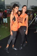 Anushka Manchanda at guiness record for PUMA on 6th Nov 2016 (83)_582091747e79e.JPG