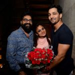 Sanket Vanzara Swara Vanzara Harshvardhan Rane  at Swara Vanzara birthday bash on 6th Nov 2016_5820949daacd1.JPG