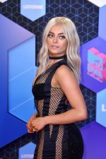 at MTV EMA 2016 Red carpet on 6th Oct 2016 (30)_58208efcbeeed.JPG