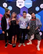 at MTV EMA 2016 Red carpet on 6th Oct 2016 (5)_58208e9aba552.JPG