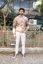 Aditya Seal at the promotion of film Tum Bin II on the sets of Sony TV reality show Super Dancer on 7th Nov 2016 (14)_58219b049a1c2.JPG