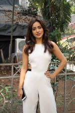 Neha Sharma at the promotion of film Tum Bin II on the sets of Sony TV reality show Super Dancer on 7th Nov 2016 (7)_58219b2f0a1dc.JPG