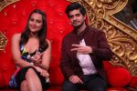 Sonakshi Sinha, Tahir Bhasin promotes Force 2 on the sets of Comedy Nights Bachao in Mumbai on 7th Nov 2016 (40)_5821919068ce5.JPG