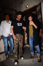 Shahrukh Khan and Gauri Shinde snapped on 8th Nov 2016 (9)_5822c96645bec.JPG