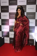 Chitrangada Singh walks for Intrika Show on 9th Nov 2016 (101)_58247bbbce4a2.JPG