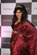 Chitrangada Singh walks for Intrika Show on 9th Nov 2016 (105)_58247bbe958c7.JPG