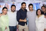 John Abraham, Swapnil Joshi at the music launch of Marathi film Fugay on 9th Nov 2016 (81)_58247d80e29a8.JPG