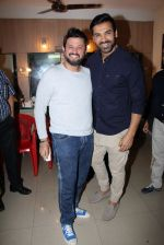 John Abraham, Swapnil Joshi grace the music launch of Marathi film Fugay on 9th Nov 2016 (27)_58247d839e9a4.JPG