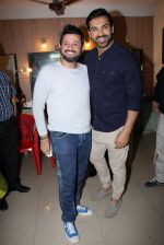 John Abraham, Swapnil Joshi grace the music launch of Marathi film Fugay on 9th Nov 2016 (28)_58247d846f535.JPG