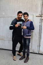 John Abraham, Tahir Raj Bhasin with Cast of Force 2 spotted at Mehboob Studio in Bandra on 9th Nov 2016 (11)_58247a742ed3e.JPG