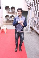 Tahir Raj Bhasin with Cast of Force 2 spotted at Mehboob Studio in Bandra on 9th Nov 2016 (8)_58247a7f2b9c8.JPG