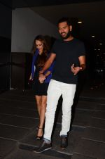 Yuvraj Singh snapped at pre wedding dinner on 9th Nov 2016 (5)_58247e0bab31b.JPG