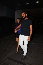 Yuvraj Singh snapped at pre wedding dinner on 9th Nov 2016 (6)_58247e0c3d739.JPG