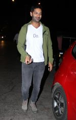 Purab Kohli at Farhan Akhtar_s bash in Mumbai on 10th Nov 2016 (14)_58256b1cde8be.jpg