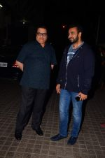 Ramesh Taurani, Raj Kundra at Rock On 2 premiere on 10th Nov 2016 (4)_582570eb07320.JPG