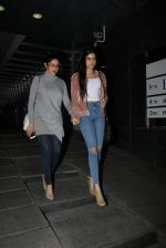 Sridevi, Khushi Kapoor snapped post dinner for Boney Kapoor_s bday on 10th Nov 2016 (15)_582578332f09b.JPG