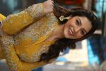 Mehreen kaur Pirzada photo shoot on 11th Nov 2016 (84)_5826c2915f984.JPG