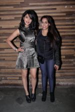 Shruti Haasan, Shweta Pandit at Jammin concert in Mumbai on 11th Nov 2016 (98)_5826c2e18253f.JPG