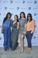 Anushka Manchanda, Minissha Lamba, Shonali Nagrani, Nisha Harale at Pause launch in Mumbai on 12th Nov 2016 (141)_582815413f4f4.JPG