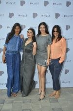 Anushka Manchanda, Minissha Lamba, Shonali Nagrani, Nisha Harale at Pause launch in Mumbai on 12th Nov 2016 (142)_5828159e8f1c6.JPG