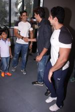 Hrithik Roshan at Akro gym launch in Mumbai on 12th Nov 2016 (12)_582813e8456a5.JPG