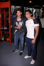 Hrithik Roshan at Akro gym launch in Mumbai on 12th Nov 2016 (40)_582813fe7ff82.JPG