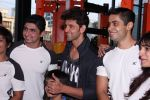 Hrithik Roshan at Akro gym launch in Mumbai on 12th Nov 2016 (46)_5828140339224.JPG