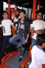 Hrithik Roshan at Akro gym launch in Mumbai on 12th Nov 2016 (48)_58281404b4e5f.JPG