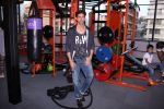 Hrithik Roshan at Akro gym launch in Mumbai on 12th Nov 2016 (56)_5828140b430c4.JPG