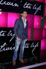 Hrithik Roshan at Ananya Birla single launch with Universal in Mumbai on 12th Nov 2016 (32)_582811742c5ca.JPG