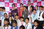 Raveena Tandon at Seven seas event to celebrate children_s Day on 12th Nov 2016 (6)_5828168b88662.JPG