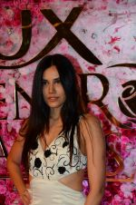 Sonnalli Seygall at Lux Golden Rose Awards 2016 on 12th Nov 2016 (72)_582856f06a440.JPG