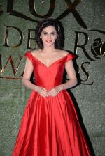 Taapsee Pannu at Lux Golden Rose Awards 2016 on 12th Nov 2016 (383)_582854d0674e2.JPG