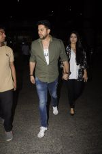 Aftab Shivdasani snpped at airport on 13th Nov 2016 (34)_582aace247851.JPG