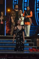 Alia Bhatt on the sets of Super Dancer on 15th Nov 2016