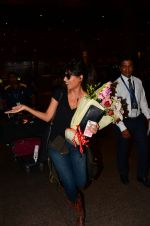 Chitrangada Singh snapped at airport on 15th Nov 2016 (37)_582bfe5c9c013.JPG