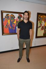 Dino Morea at Thota Vaikuntam art show hosted by India Fine Art on 15th Nov 2016 (40)_582c0dca275e4.JPG