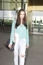 Evelyn Sharma snapped at airport on 15th Nov 2016 (23)_582bfe6d25624.JPG