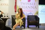 Twinkle Khanna_s book launch in J W Marriott, Mumbai on 15th Nov 2016 (103)_582c10c147e6c.JPG