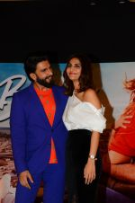 Vaani Kapoor, Ranveer Singh at Befikre promotions in Mumbai on 15th Nov 2016 (69)_582c0e9636c5c.JPG
