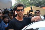 Hrithik Roshan snapped at Mehboob on 16th Nov 2016 (7)_582d55e765d22.JPG