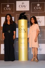 Kajol at Olay event on 16th Nov 2016 (22)_582d5ea0b442a.JPG