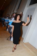 Prachi Desai endorses Vivo phone in Mumbai on 16th Nov 2016 (26)_582d5ef238475.JPG