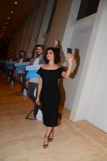 Prachi Desai endorses Vivo phone in Mumbai on 16th Nov 2016 (27)_582d5ef34594e.JPG