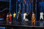 Vidya Balan on the sets of Super Dancer on 16th Nov 2016 (4)_582d54e25a86b.JPG