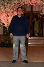 David Dhawan at Wedding reception of stylist Shaina Nath daughter of Rakesh Nath on 17th Nov 2016 (63)_582eac0e720f5.JPG