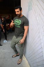 John Abraham at Force 2 photo shoot in Mumbai on 17th Nov 2016 (94)_582ea663c39cc.JPG