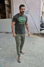 John Abraham at Force 2 photo shoot in Mumbai on 17th Nov 2016 (12)_582ea659a1a18.JPG