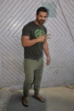 John Abraham at Force 2 photo shoot in Mumbai on 17th Nov 2016 (69)_582ea66246334.JPG